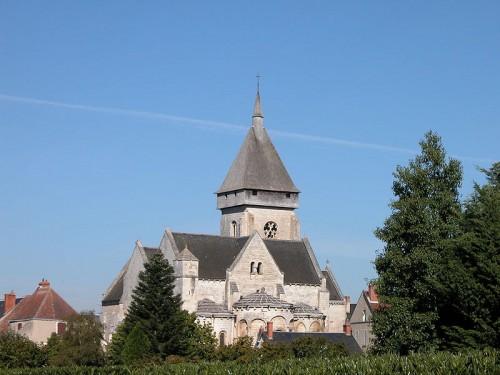 800px-Eglise_de_Saint-Marcel_(Indre).JPG